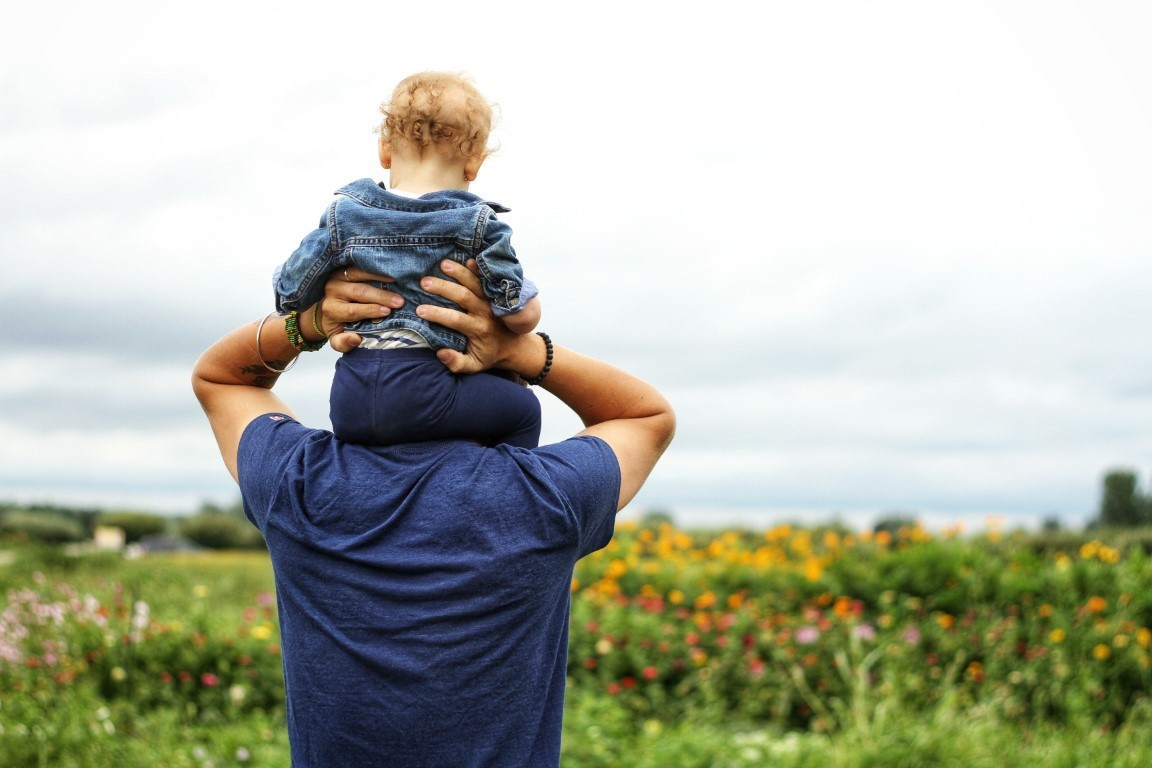 Utazás babával – 7 praktikus dolog, amit vigyél magaddal